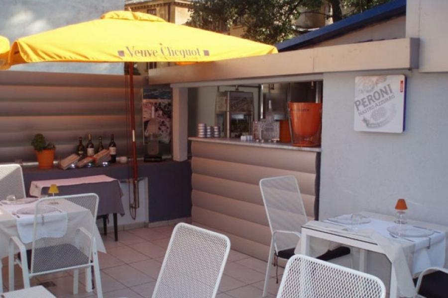 Caffe & Latte Wine Bar Restaurant Bucuresti