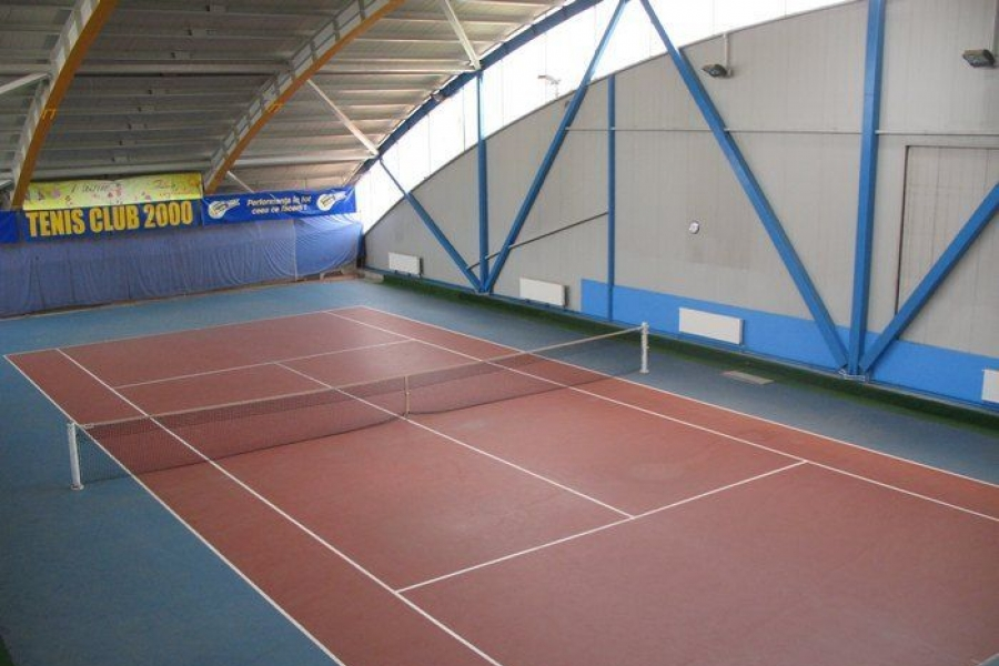 Complex Sportiv 2000 Bucuresti - teren tenis acoperit