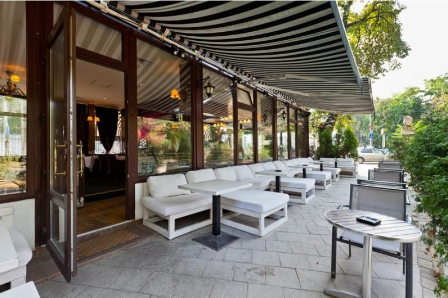 Gargantua In the Park - Terrace and Restaurant Bucuresti