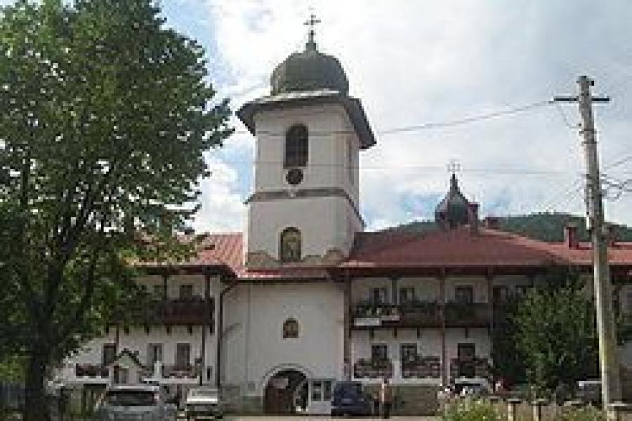 Manastirea Agapia - Moldova - Judetul Neamt