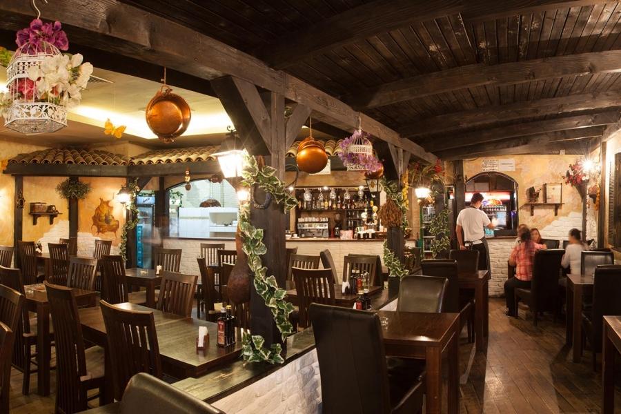 Restaurant Azzurro Carrefour Orhideea Bucuresti