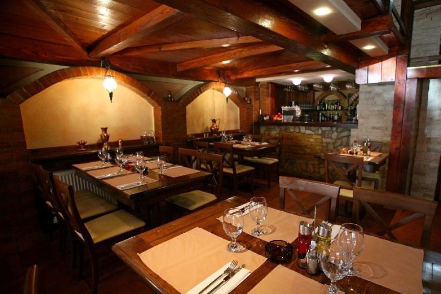 Restaurant Decebal Rustic Bucuresti
