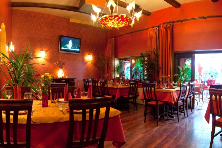 Restaurant Four Seasons Vasile Lascar