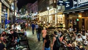 Turistii nerezidenti au cheltuit in medie 2.600 lei/persoana, in Romania, in primul semestru din 2019